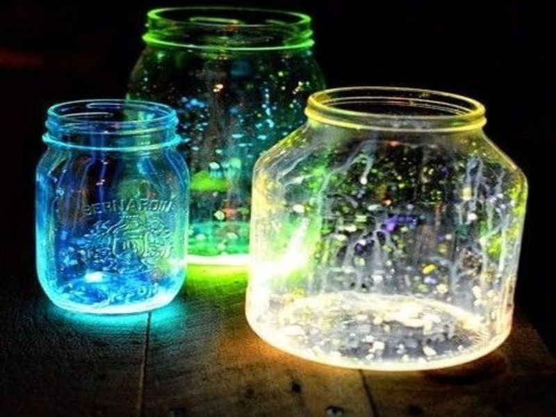glow in the dark mason jar lighting