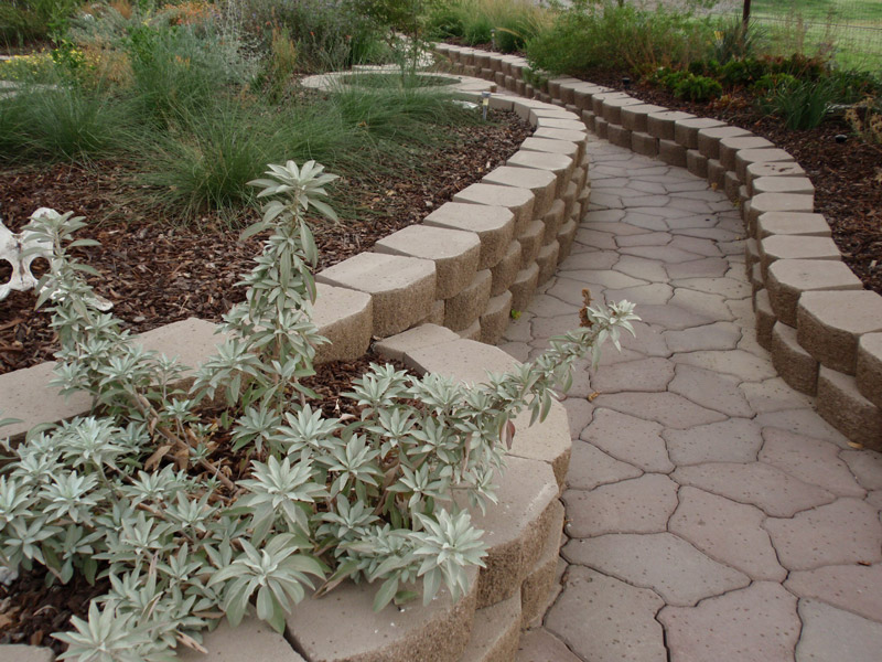 Classic grey dry bed walkway